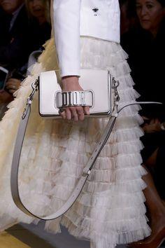 Christian Dior at Paris Fashion Week Spring 2017 - Details Runway Photos Paris Fashion, Fashion Bags, Ballet Fashion, Fashion Fashion, Runway Fashion, High Fashion, Fashion Accessories, Fashion Trends, Balenciaga Bag