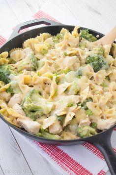Sajtos-brokkolis tészta