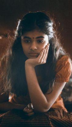 Indian Actress Hot Pics, Beautiful Indian Actress, Beauty Full Girl, Beauty Women, Pre Wedding Photoshoot, Photoshoot Beach, Actress Priyanka, Dehati Girl Photo, Indian Natural Beauty