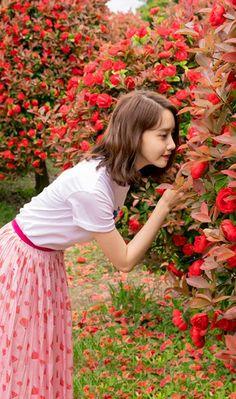 YoonA - Innisfree VR 'This is Love' from official website Im Yoona, Sooyoung, Girls Generation, Yoona Innisfree, Korean Girl, Asian Girl, Yuri, All American Girl, Idole
