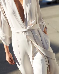 Robe dressing, not just for the bedroom. Meet the Kahlo Jacket by Babaton, made with a luxe satin that drapes like a dream.