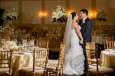 Nicole Chan Photography // Black Swan Country Club wedding // Maria + Danny // Elegant Gold and White Wedding - Pretty My Party