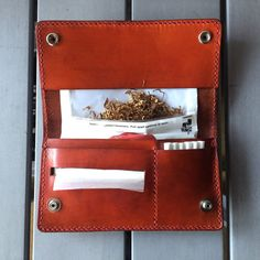 Leather Tobacco Pouch, Leather Pouch, Leather Tooling, Sewing Alterations, Medicine Bag, Cigarette Case, Wallet Pattern, Diy Accessories, Beautiful Bags