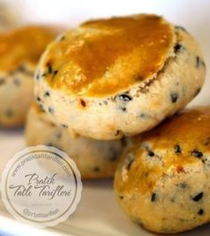 Cookies with vinegar, Dessert recipes Pastry Recipes, Cookie Recipes, Tea Time Snacks, Crazy Cakes, Turkish Recipes, Desert Recipes, Food Blogs, No Cook Meals, Crack Crackers