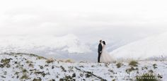 Winter weddings in New Zealand.... gorgeous! Photography by Alpine Image Company