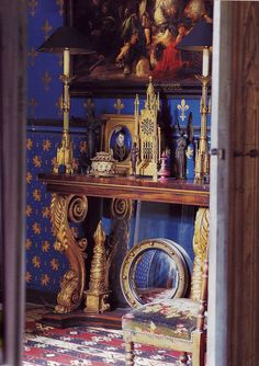 True French Blue walls! (with appropriate gold fleur de lis)....(IN)DECOROUS TASTE: Living Color