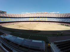 Tapete novo: Barça troca gramado do Camp Nou antes de iniciar temporada #globoesporte