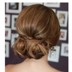 I always think this looks so classy and elegant...gotta learn how to do it