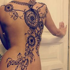 Not the collar type part but the rest is amazing Vine Tattoos, Back Tattoos, Sexy Tattoos, Body Art Tattoos, Tribal Tattoos, Tattoos For Women, Tattoos For Guys, Cool Tattoos, Mehndi Tattoo