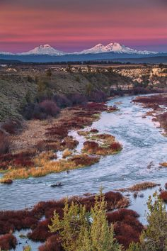 Sunrise at Deschutes River and the Three Sisters by Jeff Chen Travel Gurus - Follow for more Nature Photographies!