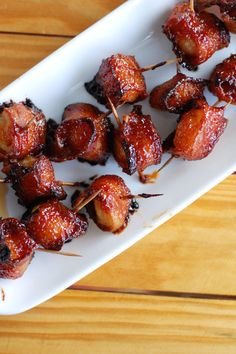 Bacon wrapped water chestnuts | http://www.foodlovinfamily.com/bacon-wrapped-water-chestnuts/