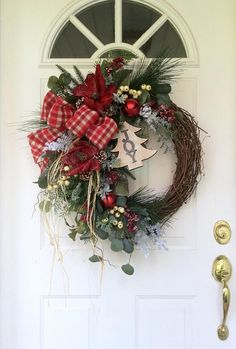 Christmas Wreath for Door-Winter Wreath-Farmhouse Christmas Types Of Christmas Trees, Christmas Swags, Holiday Wreaths, All Things Christmas, Christmas Crafts, Christmas Decorations, Holiday Decor, Winter Wreaths, Christmas Ideas