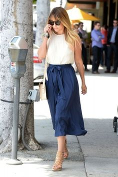 Love everything about this outfit. White shirt, long navy blue skirt, heels. Perfect summer style