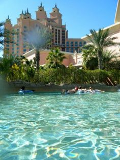 The Aquaventure Waterpark is yet another amazing attraction located in Atlantis, The Palm. It is an awesome place to be with kids, family and friends. #travel #traveltips #traveloutfit #picoftheday #travelfood #traveldestinations #foodtravel