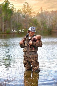Cute Baby Pictures, Newborn Pictures, Baby Photos, Hunting Baby Pictures, Cute Country Boys, Country Babies, Country Couples, Baby Boy Newborn, Baby Kids