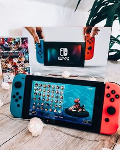 me to jh bday fev 2020 Nintendo Switch Case, Nintendo Switch System, Nintendo 3ds, Nintendo Switch Animal Crossing, Gamer News, Nintendo Switch Accessories, Custom Consoles, Retro Videos, Color Games