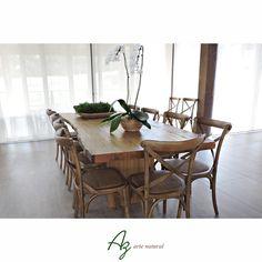 Estamos apaixonados por este espaço!!!   Mesa de jantar em madeira maciça da Az, projeto executado em parceria com a Arquiteta Elisabete Valduga. Az arte natural - Móveis em madeira, feitos a mão.