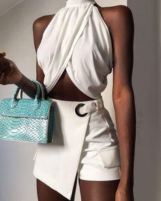 White Fashion, Look Fashion, 90s Fashion, Fashion Outfits, Womens Fashion, Fashion Design, Fashion Trends, Mode Outfits, Chic Outfits