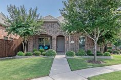 Avondale Estate Home at 1303 Snowberry Drive in Allen, Texas. #mynewhome #impeccable #ebbyppp