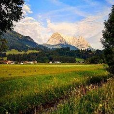 Wilder Kaiser in Kirchdorf in Tirol – Bild des Monats im Juli 2019 Wilder Kaiser, Kirchen, Gadgets, Mountains, Nature, Blog, Pictures, Travel, Mountain Range