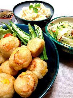 うち夕ご飯〜みきちゃんとしのちゃんのレシピでアゲアゲ作りました。半分は小エビをのっけアクセントに(^-^)/鯛めしは炊飯器で簡単に炊きました♪さあブラジル戦だぁ(^-^)/ - 30件のもぐもぐ - しのちゃんレシピのコーン.枝豆.エビと蓮根のアゲアゲ〜春雨サラダ.鯛めし by sakapon777