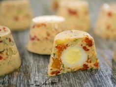 Бон Апети Желирана салата с пъдпъдъчи яйца
