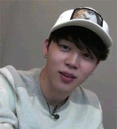 Primeiro eu fiquei: Jin! Depois eu fiquei:Pera...Jimin?