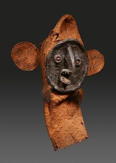 BrazilTUKUNA MASK, Brazil 45 cm. high Provenance Harald Schultz, anthropologist Alicia and Gugliemo Rossi, acquired from the above in the 1960s.