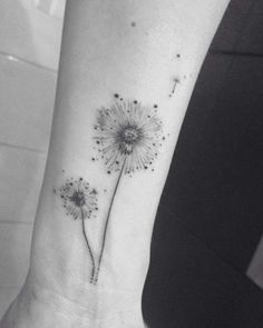 Minimalistic Dandelion Tattoo by Eva