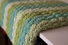 crumbs & purls: waves of green: Addie's blanket crichet shells