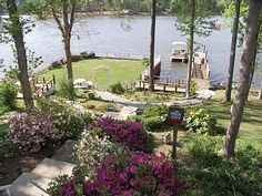 The backyard view.Cozy Cottage Nestled in the Woods with of Waterfront on Lake Murray, Little Mountain, South Carolina, United States Lakeside Living, Lakeside Cottage, Lake Cottage, Cozy Cottage, Cottage Living, Waterfront Cottage, Cottage Ideas, Beautiful Homes, Beautiful Places