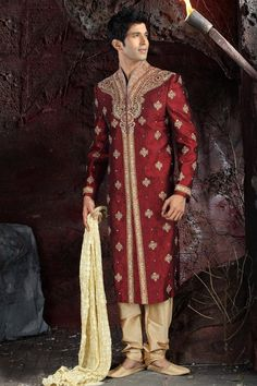 """Did you know? The """"Sherwani"""" was a fashion invention combining the Salwaar Kameez and the British frock coat. Initially worn by the Muslim aristocrats, it was later borrowed by the Rajputs."""