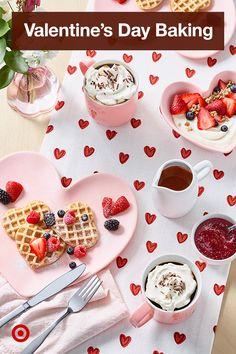 My Funny Valentine, Valentines Baking, Valentines Breakfast, Valentines Day Desserts, Valentine Treats, Valentines Day Party, Valentines For Kids, Holiday Treats, Holiday Recipes