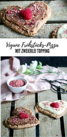 Vegane Frühstückspizza aus gebackenen Haferflocken und zweierlei Topping (Sojajoghurt bzw. Schokoaufstrich). gesund und lecker! Perfekt für den Valentinstag. #vegan baked oatmeal, breaktfast pizza