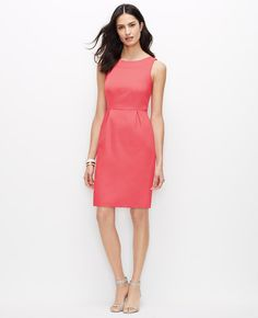 c4247b7c8ae37 Perfectly suited for daytime to date night, our polished cotton sateen  dress flaunts pretty pleats