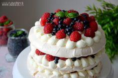 Torcik bezowy z owocami / Meringue cake with berries Meringue, Cake, Desserts, Pie Cake, Tailgate Desserts, Pastel, Cakes, Deserts, Dessert