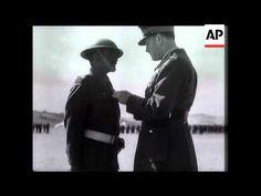 General Claude Auchinlek Decorating India Troops.WW2.