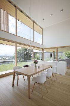 Haus DB Klaus — ARCHITEKTUR Jürgen Hagspiel Concrete Wood, House On A Hill, Coworking Space, Dining Bench, House Ideas, Villa, Windows, Architecture, Spaces