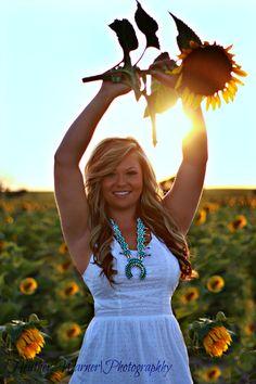 Sunflower senior picture