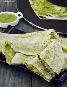 Mysore Masala Dosa with Green Chutney recipe | Healthy Recipes | by Tarla Dalal | Tarladalal.com | #807