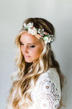 Lamb& Ear + Neutral Blooms Flower Crown Tiny neutral blooms with lamb's ear leaves. Made of silk flowers. Down Hairstyles, Wedding Hairstyles, Romantic Hairstyles, Flower Crown Wedding, Flower Crowns, Crown Flower, Hair Wreaths, Handmade Hair Accessories, Bridal Accessories