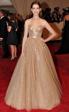 Anne Hathaway from The Best Met Gala Looks Ever  Fit for a princess, this froth Valentino ball gown from the 2010 gala is absolutely a dream come true.