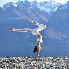 Fahima Hussein looks angelic in the #AloYoga Interlace Legging and Interlace Bra #yoga #inspiration #goals