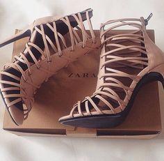 Perfect for summer Zara sandals. #nude #zara