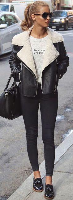 Amamos los looks en blanco y negro, ya que son una combinación moderna y chic a la vez, y el resultado final siempre es muy estiloso!