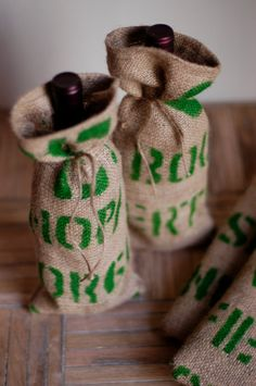 Wine Tote, Set of 2 - Upcycled Coffee Burlap Sack by bonnbonn