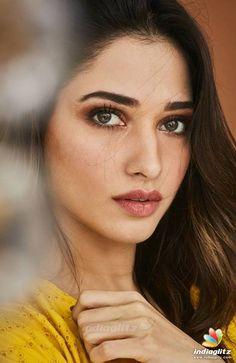 Tamanna Bhatia Beautiful HD Photoshoot Stills Female Actresses, Hot Actresses, Hollywood Actresses, Indian Actresses, Most Beautiful Hollywood Actress, Most Beautiful Indian Actress, Bollywood Photos, Bollywood Fashion, Bollywood Designer Sarees