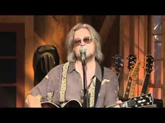 """EYES FOR YOU"" performed by Daryl Hall LIVE at Daryl's House. STILL great. PS...that's his daughter singing back-up."
