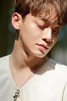 Beautiful Goodbye English Lyrics Chen Exo - April And A Flower Kris Wu, Luhan And Kris, Exo Chen, Baekhyun Chanyeol, Kai, Close Up, Close Image, Exo Official, Kim Minseok