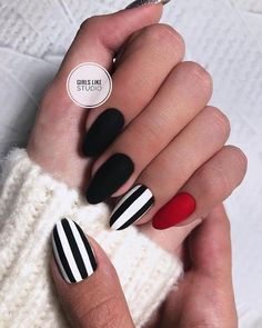 Most Beautiful Black Winter Nails Ideas Cute black and white nails with an accent red nail! Cute black and white nails with an accent red nail! Winter Nails, Summer Nails, Nail Ideas For Winter, Hair And Nails, My Nails, Gelish Nails, Bling Nails, Black Nail Art, Black White Nails